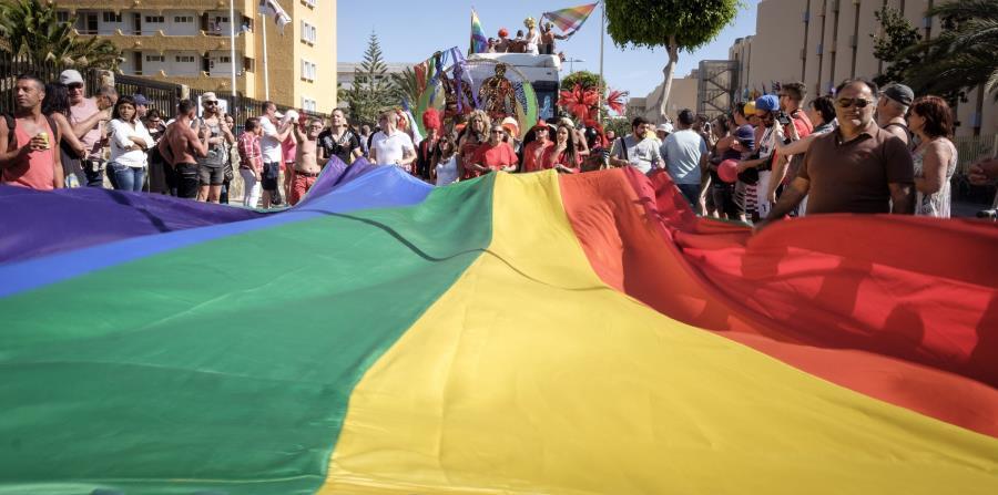 Bermudas pasa de ser referencia para la comunidad LGBT  a convertirse en el primer país que deroga una norma que permitía las bodas entre parejas del mismo sexo (horizontal-x3)