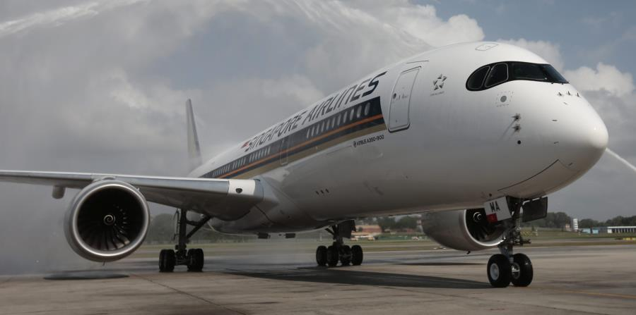 Uno de los 67 aviones encargados por Singapore Airlines a Airbus y que se utilizarán para las rutas de larga distancia. (EFE) (horizontal-x3)