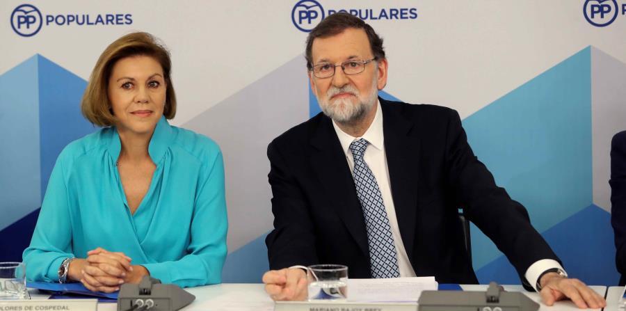 El líder del PP, Mariano Rajoy, durante la reunión del Comité Ejecutivo Nacional del partido, en el que se integran la cúpula del partido y los líderes regionales (horizontal-x3)