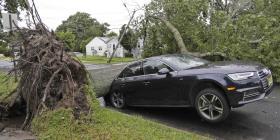 Tormentas eléctricas causan apagones e inundaciones en Estados Unidos