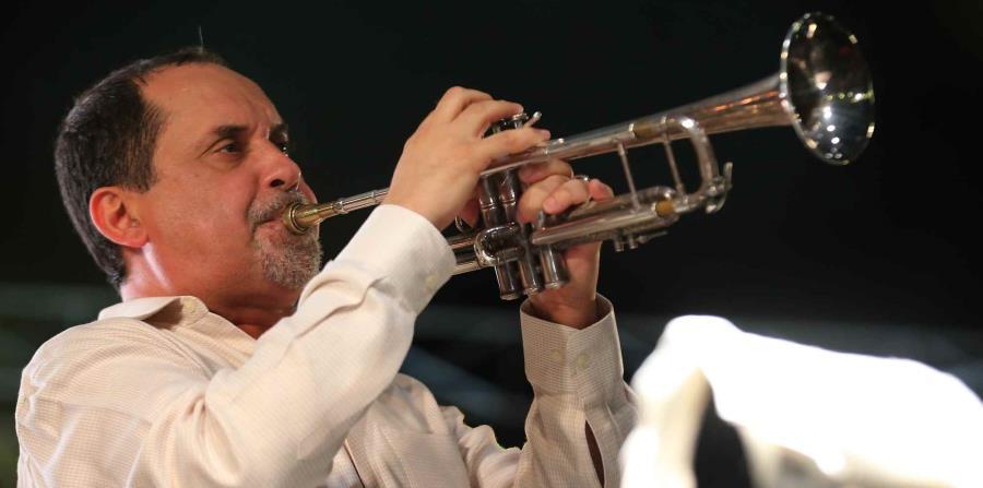 Humberto Ramírez se presenta este sábado en la plazoleta del Centro de Bellas Artes de Santurce. (GFR Media) (horizontal-x3)