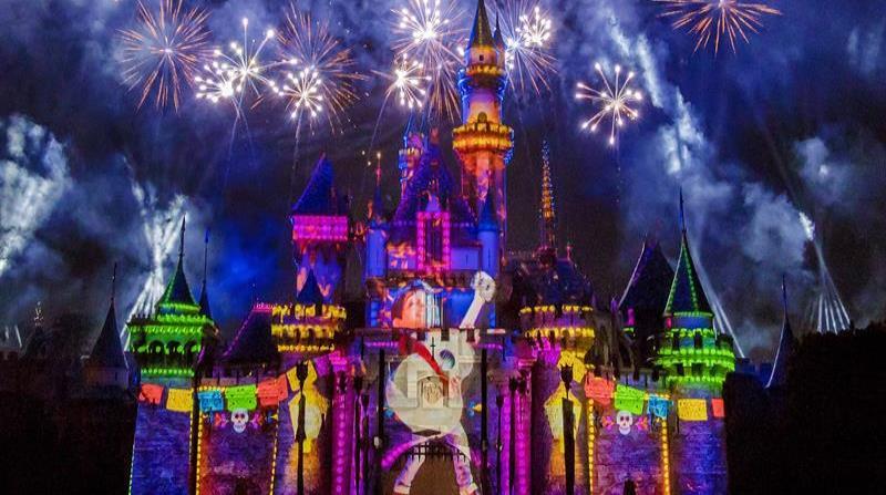 Las historias de Pixar cobran vida en Disneyland