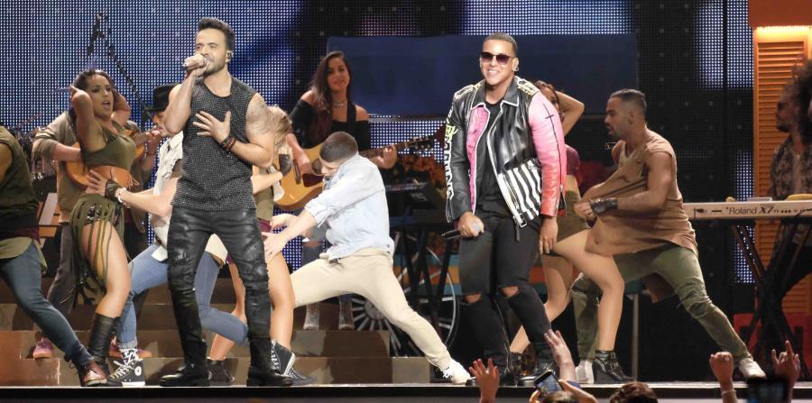 Fonsi, además, conservó el primer lugar en cuatro listas de música general: ventas digitales, canción del verano,