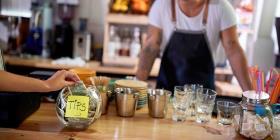 """Crean """"Tip Jar"""", un fondo para ayudar a la industria hospitalaria de la isla"""