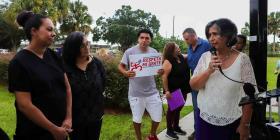 Estudian radicar un pleito por discrimen en el caso de las empleadas de la clínica en Haines City