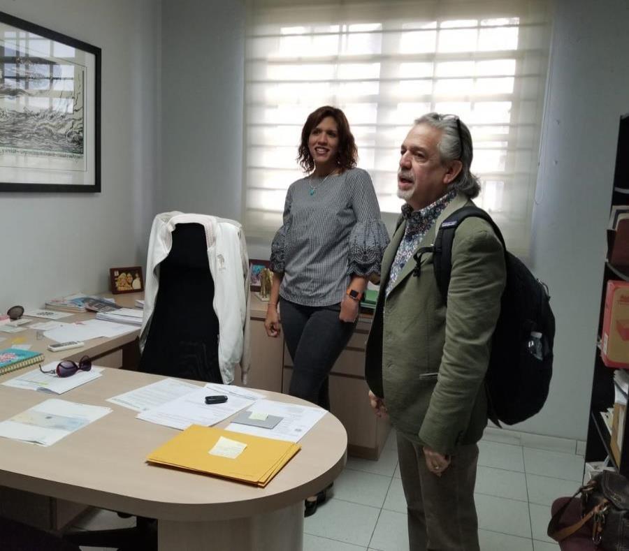 El padre de Lin-Manuel Miranda junto a la presidenta de la Heend, Janell Santana. (Suministrada) (semisquare-x3)