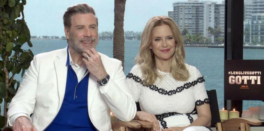John Travolta y su esposa Kelly Preston (horizontal-x3)