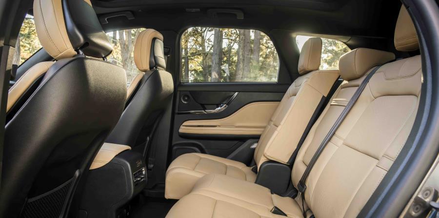 El Lincoln Corsair tiene un gran espacio interior, sobre todo en el área para las piernas de la segunda fila de asientos. (Suministrada)