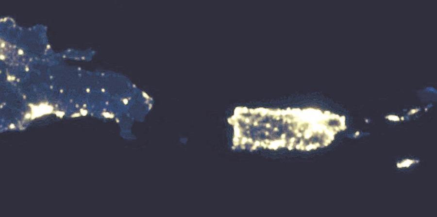 Imagen nocturna del 2016 de Puerto Rico y el Caribe captada desde satelites de la NASA. (Google Earth) (horizontal-x3)