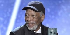 Morgan Freeman recibe el premio a la trayectoria en los SAG