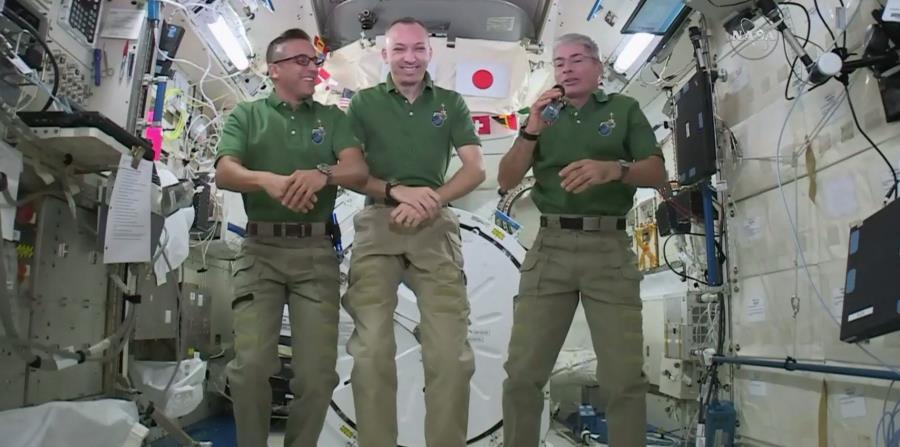 Los astronautas Joe Acaba, Randy Bresnik y Mark Vande Hei se encuentran actualmente en la Estación Espacial Internacional. (AP) (horizontal-x3)
