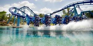 SeaWorld en Orlando despide a miles de empleados debido al cierre por el coronavirus