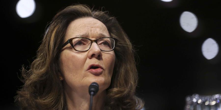 La nominada para ser directora de la CIA, Gina Haspel, en sus audiencias en el Congreso en Washington el 9 de mayo del 2018. La comisión del Senado se dispone a recomendar al pleno que la confirme en el puesto. (horizontal-x3)
