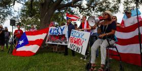 Manifestantes boricuas en Orlando se unen al pedido de renuncia