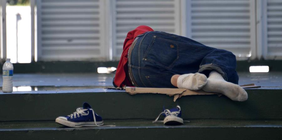 personas sin hogar (horizontal-x3)