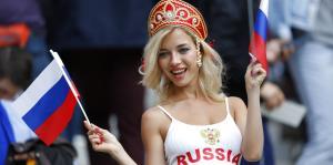 Los fanáticos del fútbol le ponen alegría al Mundial