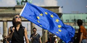 Europeos marchan en contra del nacionalismo