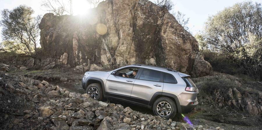 Jeep Cherokee del 2019 (horizontal-x3)
