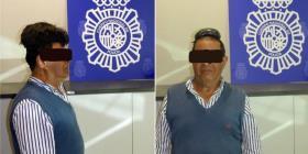 Arrestan en un aeropuerto a un hombre que transportaba droga bajo su peluquín