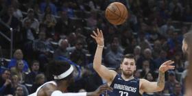 Luca Doncic aporta 29 puntos en el triunfo de los Mavericks sobre el Thunder