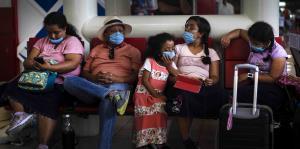 Cuba suspende clases, corta viajes a nacionales y aísla a los turistas por el coronavirus