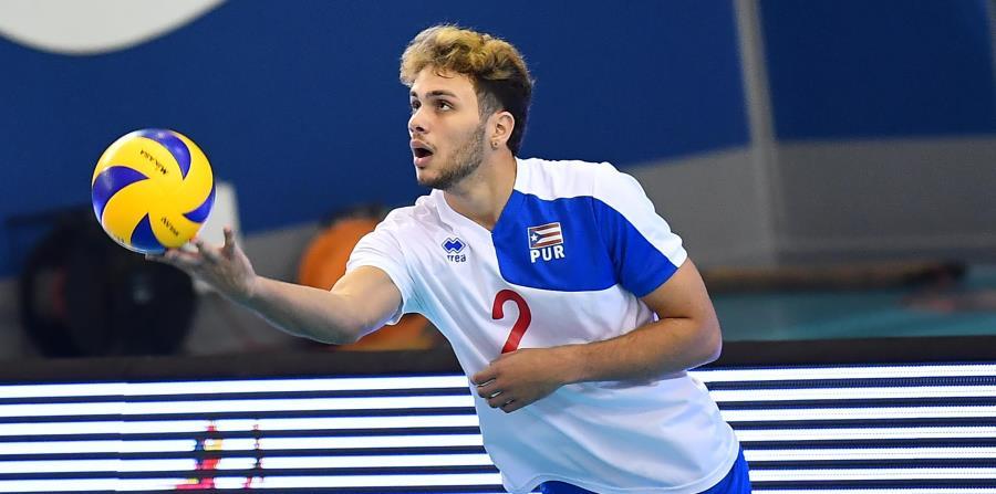 El esquina Pedro Molina debutará este año en el Voleibol Superior Masculino con los bicampeones Mets de Guaynabo y el técnico Javier Gaspar ya ve atributos positivos en las destrezas del joven rematador. (horizontal-x3)
