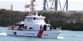 Buscan a dos bomberos que estaban pescando en las costas de Florida