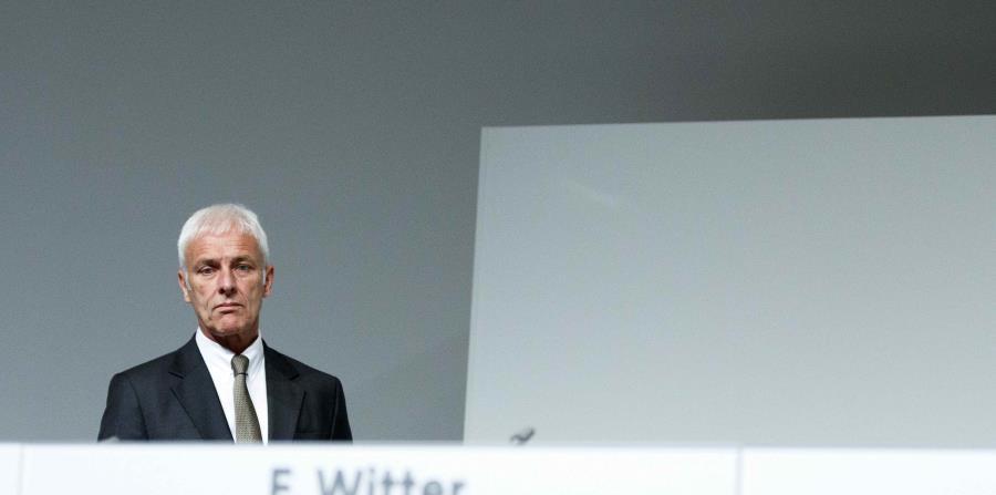 El presidente de Volkswagen, Matthias Müller, asiste a la junta general de accionistas de la compañía el pasado 10 de mayo. (horizontal-x3)