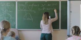 Florida aumentará el salario de los maestros a $47,500