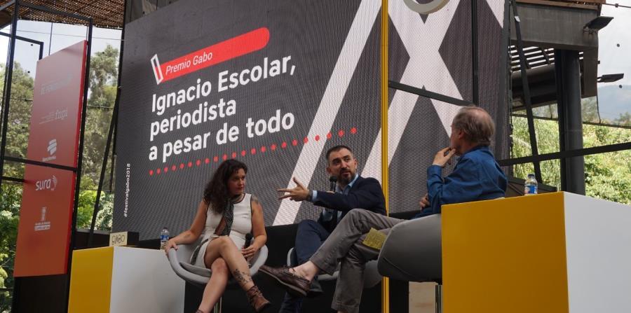Ignacio Escolar (centro) hizo un repaso por estrategias para descifrar los misterios de la medición de audiencias y recorrió el retrato de las desigualdades y las crónicas viajeras. (GFR Media) (horizontal-x3)