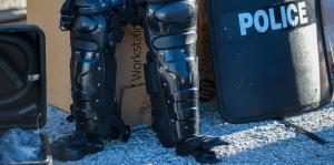 Ciudades de Florida Central envían equipo para policías en Puerto Rico