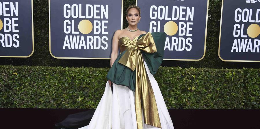 Jennifer López y nueve famosos regalan $100,000 en agradecimiento