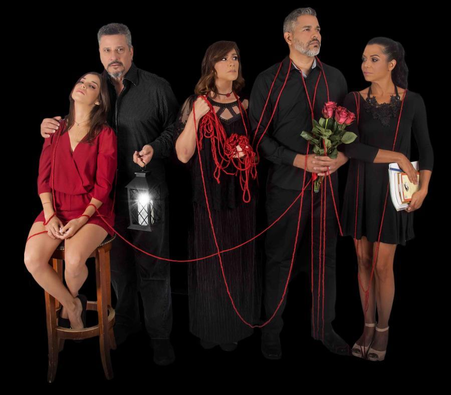 Millie Ruperto, Carlos Esteban Fonseca, Cecilia Argüelles,Efraín Santaella y Mariangelie Vélez, en la obra teatral