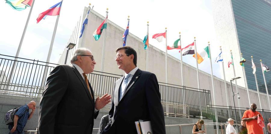 El año pasado, el Comité de Desconolización de la ONU avaló una propuesta para crear un grupo que propiciara un diálogo entre Estados Unidos y los que proponen la independencia de la Isla. (horizontal-x3)