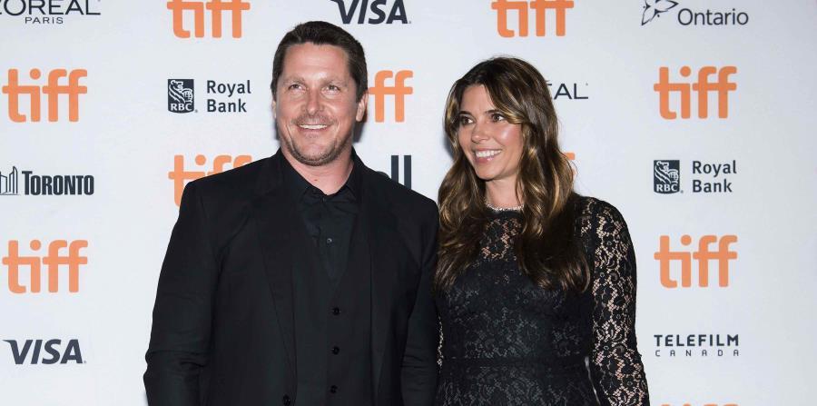 Aquí, junto a su esposa Sibi Blazic en el Festival de Cine de Toronto. (The Canadian Press) (horizontal-x3)