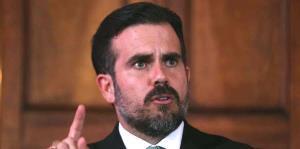 Rosselló promulga su propia exoneración