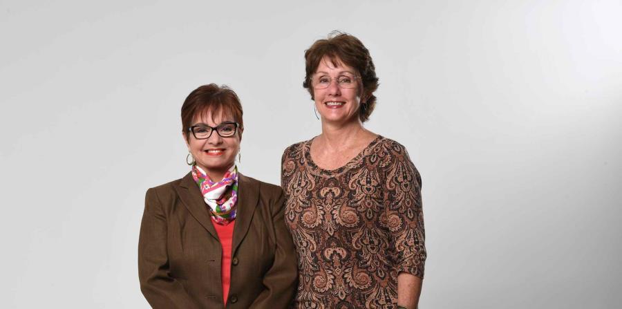 Myrna Rivera, presidenta de la Junta de Directores de Pro Arte Musical, y Karen Schneck Malaret, directora ejecutiva de la sociedad musical más antigua de Puerto Rico, fundada en 1932. (horizontal-x3)