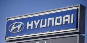Hyundai llama a revisión a autos Sonata y Santa Fe Sport