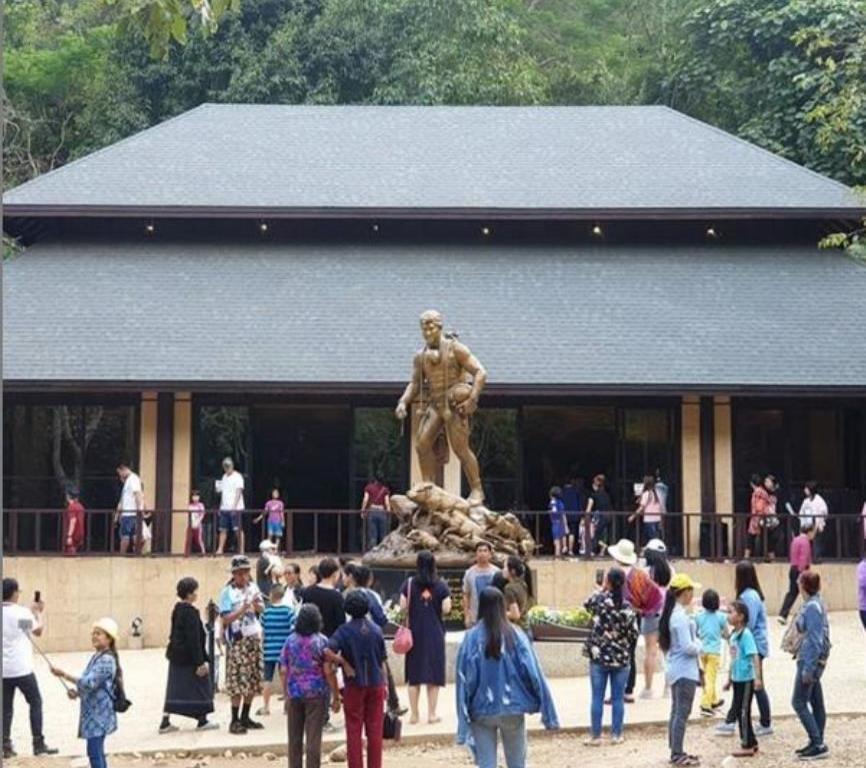 Así luce hoy la caverna de Tailandia en la que quedaron atrapados los 12 niños futbolistas (semisquare-x3)