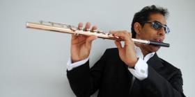 Néstor Torres y su flauta mágica encantan en Cuba