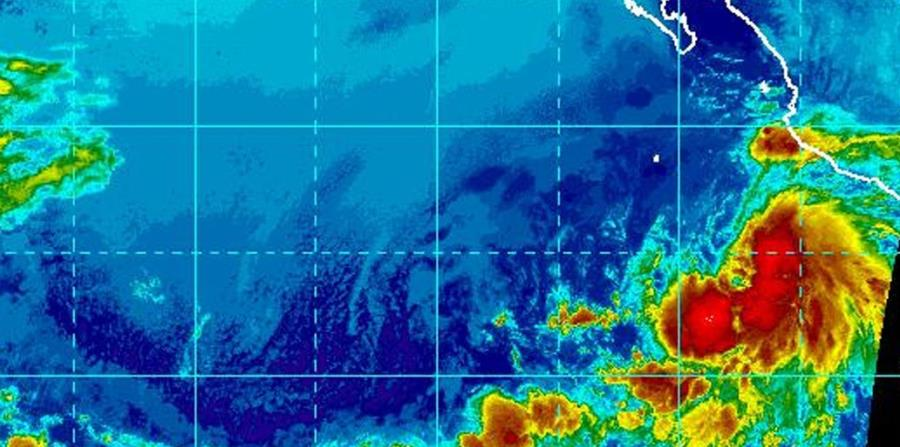 Imagen satelital de la tormenta Aletta, ubicada en el océano Pacífico. (Captura / NOAA) (horizontal-x3)