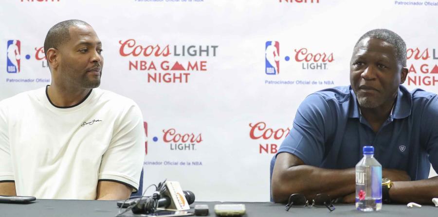 """Robert Horry y Dominique Wilkins llegaron el miércoles al país para participar de una actividad de la cerveza Coors en el coliseo Mario """"Quijote"""" Morales. (horizontal-x3)"""