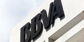 Acusan a altos ejecutivos de BBVA de pagar $11.4 millones para espionaje