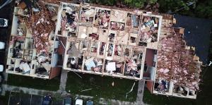 Tornados causan destrucciones en Indiana y Ohio