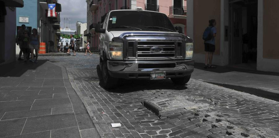 ¿Por qué se hunden las calles adoquinadas del Viejo San Juan?
