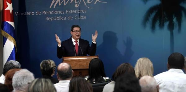 El gobierno cubano llama a evitar guerra en Venezuela