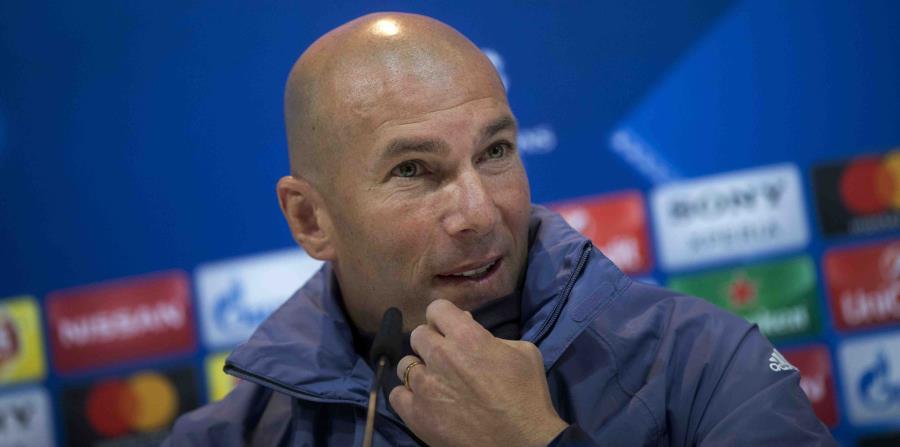 Zinedine Zidane, técnico del Real Madrid, durante una conferencia de prensa. (horizontal-x3)