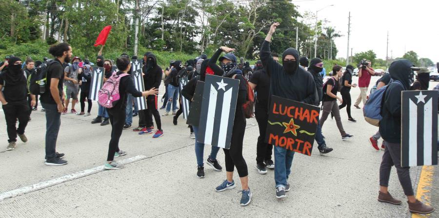 Los manifestantes detuvieron el tránsito por alrededor de 20 minutos. (horizontal-x3)