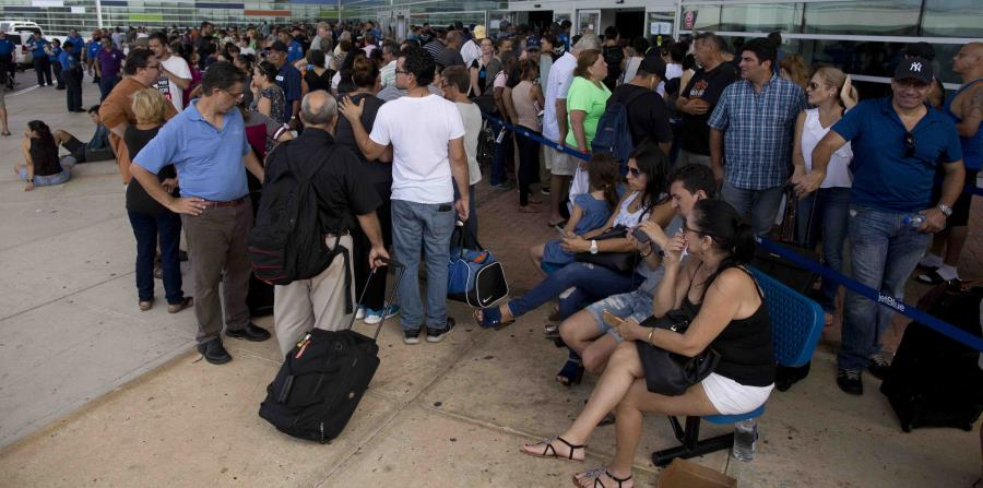 El dilema moral de los puertorriqueños: ¿irse o quedarse? (horizontal-x3)