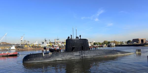 Sospechan que el submarino argentino está asentado en el fondo del mar